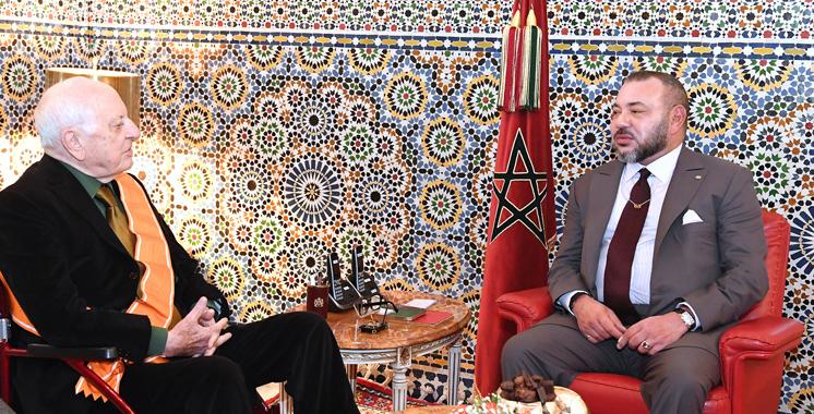 SM le Roi reçoit à Marrakech Pierre Bergé, président de la Fondation Jardin Majorelle