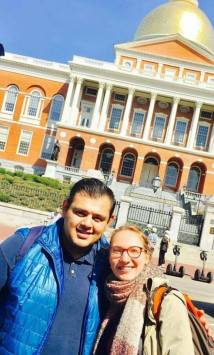 Avec Kiké devant Massachusetts State House