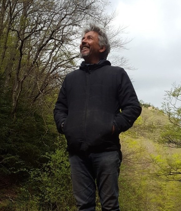 BUGARACH : PORTE MULTIDIMENSIONNELLE DE L'EXPÉRIENCE SUR TERRE