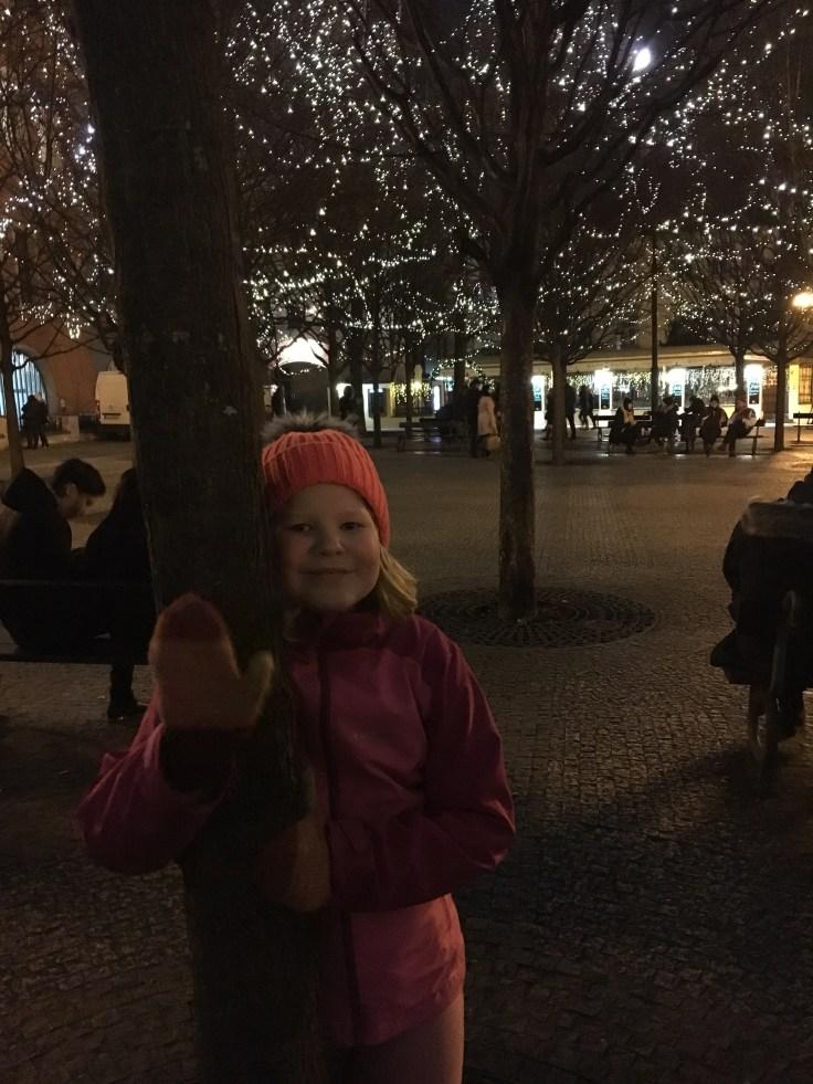 img_6962, joulutori, Praha, jouluvalot, christmas, kaupunkiloma, lasten kanssa, Eurooppa