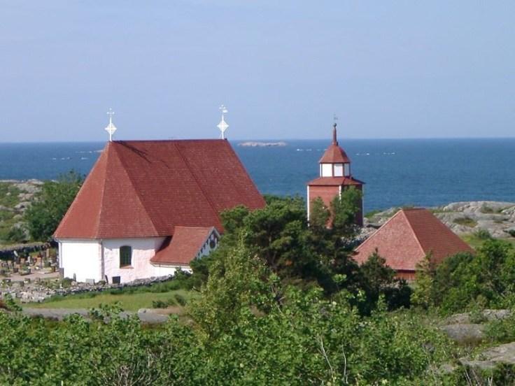 Kökar, Ahvenanmaa, keskiaikainen kirkko, nähtävää, Hamnö, Pyhän Annan kirkko, luontopolku