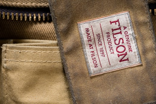 Pockets on a Filson Sportsman Bag likely made of unwaxed tin cloth.