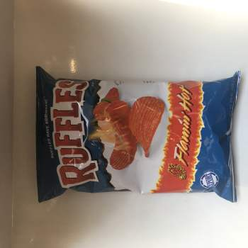 Ruffles Flamin' Hot (184g) FromAuntie ammies american Candy Shop