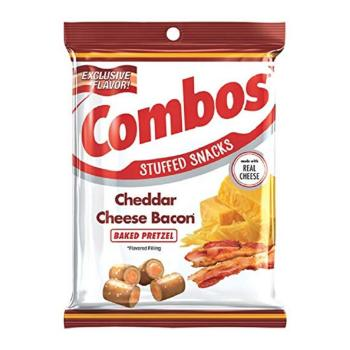 Combos cheddar cheese bacon pretzel (178g)