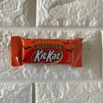 Kit Kat, Halloween Orange Colored White Crème Wafer Bars Candy, single