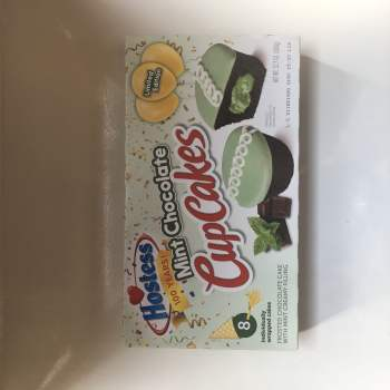 Hostess Mint Choc Chip CupCakes (360g) From Auntie Ammies American Candy shop