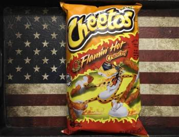 Cheetos Crunchy Flamin Hot 226g American groceries Auntie Ammie's Candy Shop