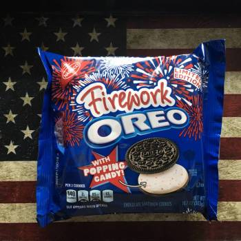 Firework Oreos (303g) From Auntie Ammies Candy Shop