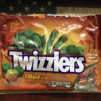 Twizzlers Caramel apple Filled Twists 291g From Auntie Ammies Candy Store