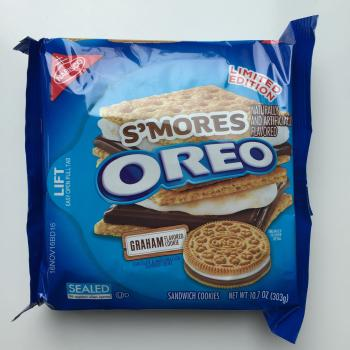 S'mores Oreo Biscuit traditional american food