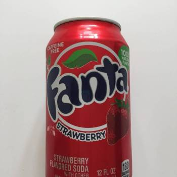 fanta strawberry from Auntie Ammie's American Candy Shop UK