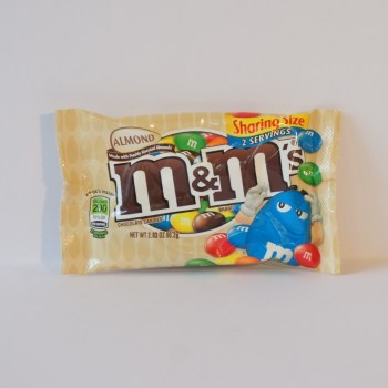 M&M's Almond from Auntie Ammie's American Candy Shop UK