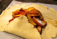 peach crostata