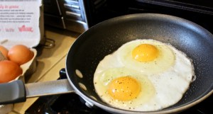 eggs before flipping