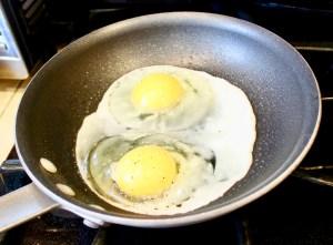 2 eggs in sauce pan