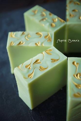 Avocado Lemongrass Soap by Auntie Clara's