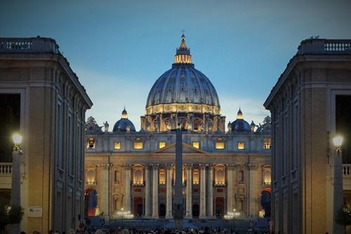 St. Peter's Basilica ny night