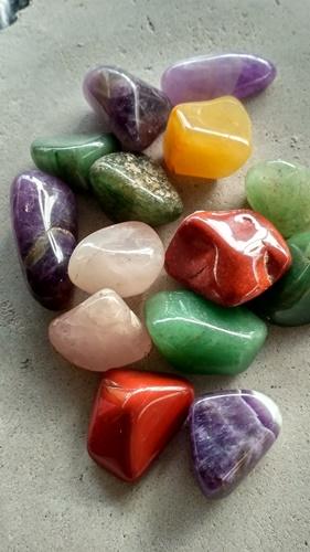 Pretty rocks for burnishing tadelakt