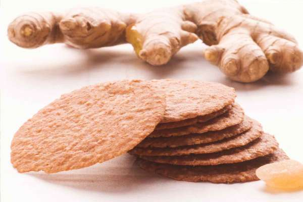 Auntie Elsie's Crisps Ginger Oatmeal Cookies Ingredient Shot