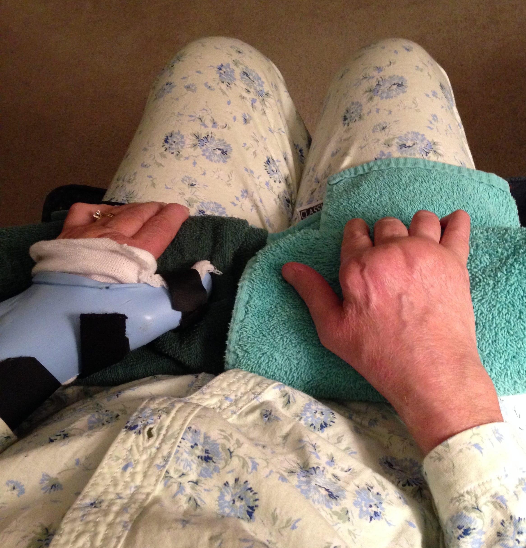 auntie stress resting hands