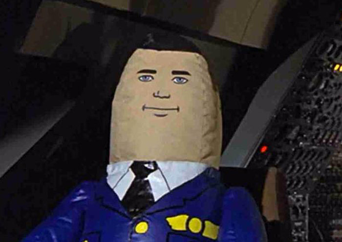 inflatable-pilot-from-airplane-movie
