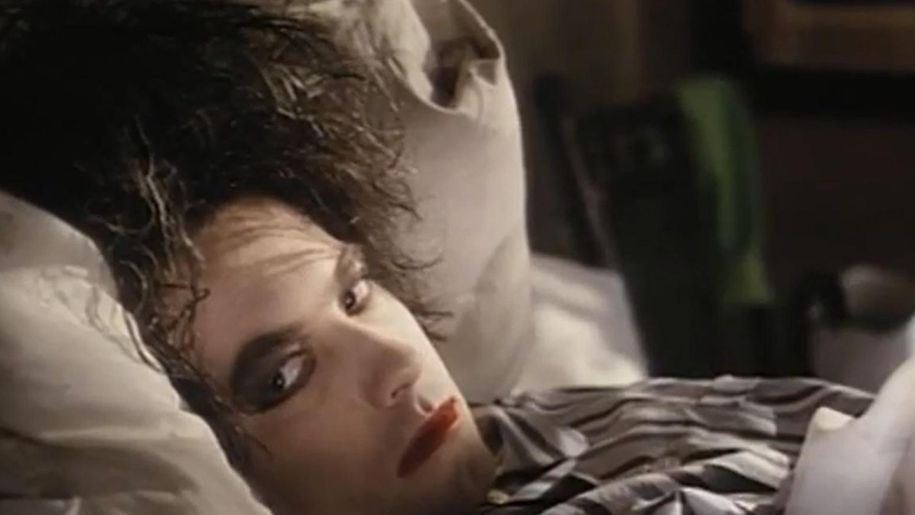 The Cure's Lullaby: behind the meaning of the lyrics
