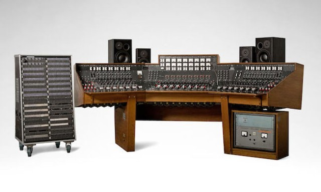 abbey-road-console_m4xv4b-1490740729-640x382