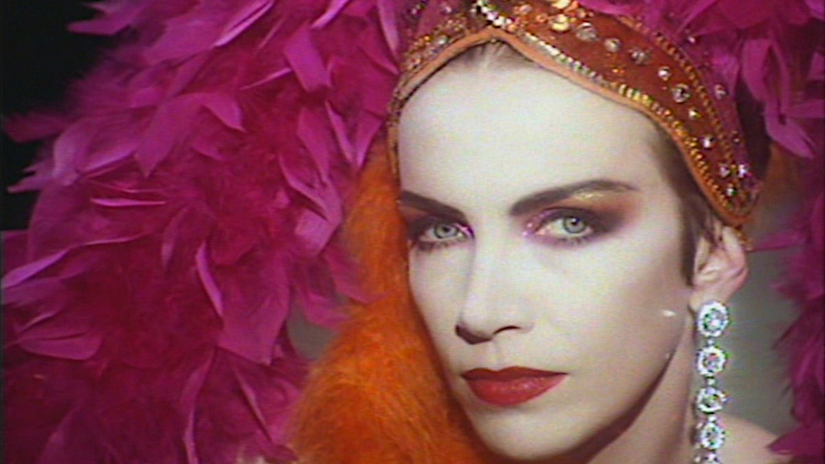 Annie Lennox, Why: beyond the meaning of the lyrics
