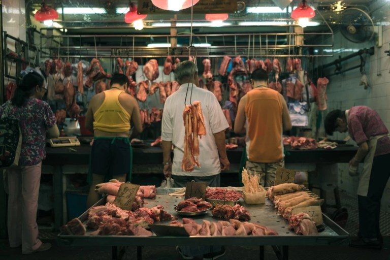 Read more about the article Worldwide Butchery Directory: How and Where to Buy Cheap, Local, and Delicious Meat