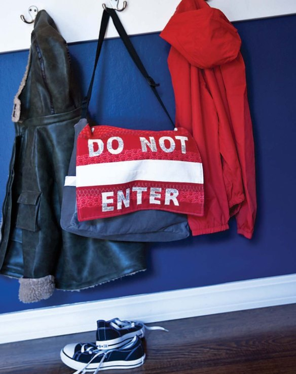 04 - Do Not Enter Bag