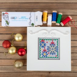 Sparkly Snowflakes by Kimberly Jolly & Fat Quarter Shop