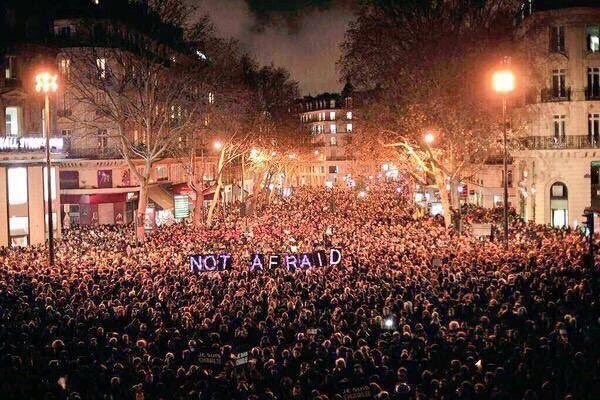 Praying for paris je suis charlie