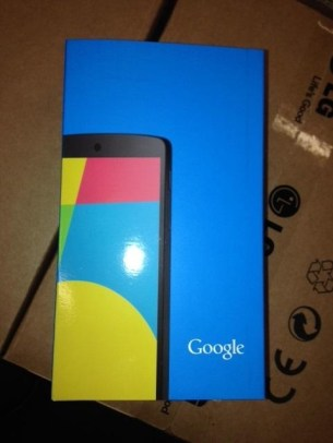 Black Nexus 5 retail