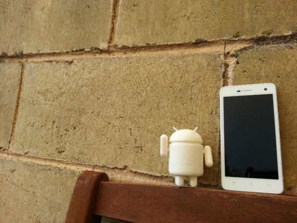 Oppo R819 Dual-SIM Smartphone — Review