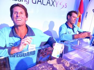 Bondi Rescue stars were on hand to check out the Galaxy S5's IP67 rating