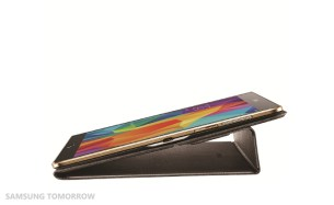 Image-Galaxy-Tab-S-Bookcover_6typing-mode