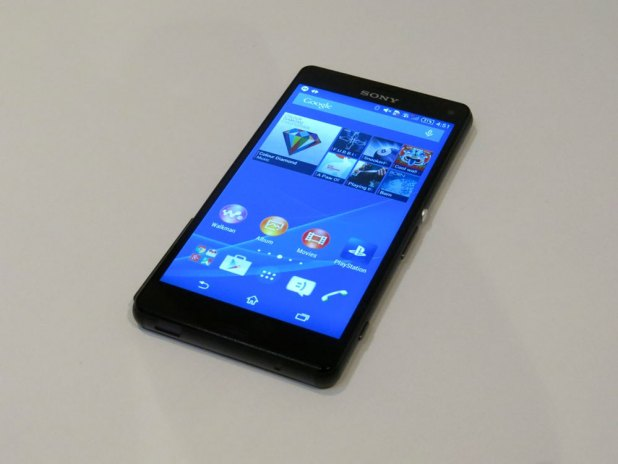 SonyXperiaZ3Compact-FaceUp