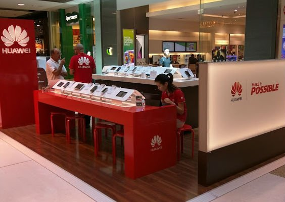 Huawei Experiential Zone in Westfield