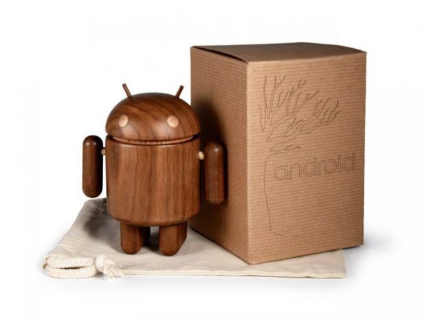 Android_Wood-walnut_withbox_1280-800x600
