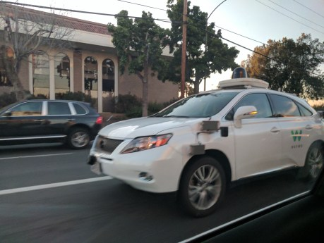 Goolge Self Driving Car 3 - Waymo
