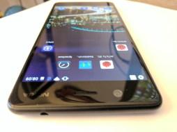 5MP camera, Nokia Logo & Sensrs