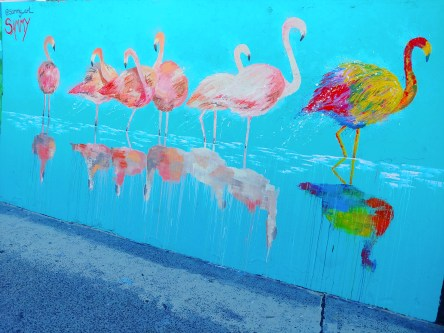 g7-thinq-normal-street-art