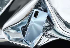 realme is first in with their Boxing Day sales with up to 50% off their e-store