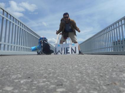 Hitchhike Vienna