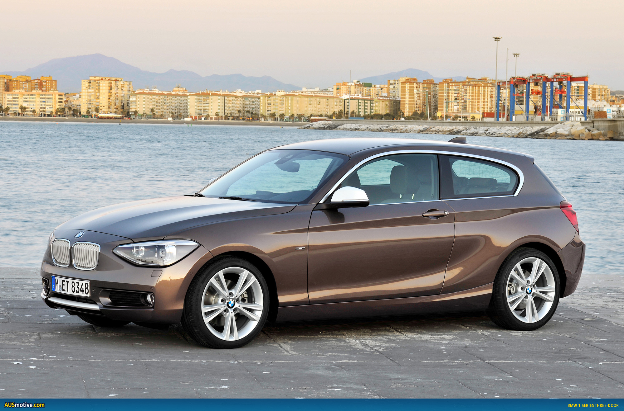 Ausmotivecom » Bmw 1 Series 3 Door Revealed