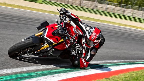 2020 Ducati Streetfighter V4 | Australian Motorcyclist Magazine