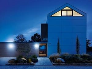 Steinel Sensor LED Außenleuchte mit Bewegungsmelder