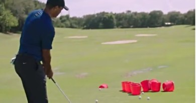 Watch Tiger Woods and Phil Mickelson play an underwhelming game of golf pong