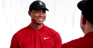 Tiger Woods and Tiger Woods impersonator star in Bridgestone golf commercial