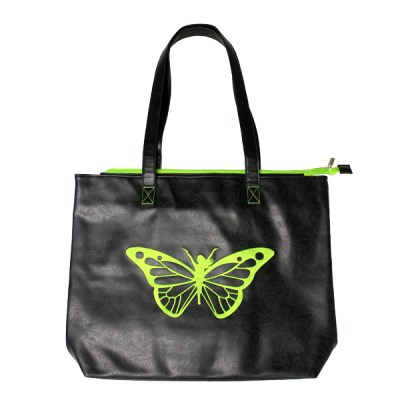 Tote-Green-Outside